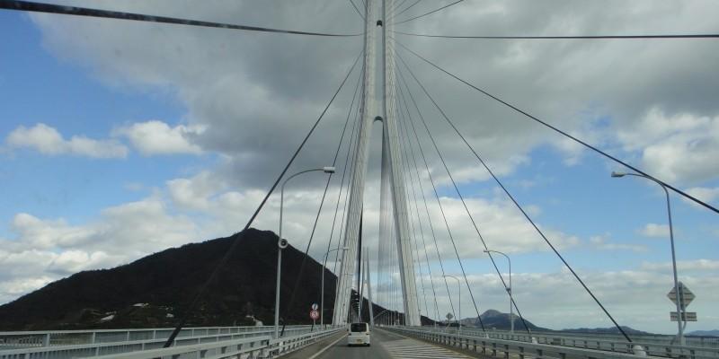 軽キャンピングカーレンタル四国旅 瀬戸大橋