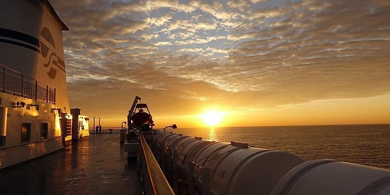 北海道東北旅2020 太平洋フェリーでの夜明け